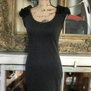 🌿 TIMING Gray Ruffle Sleeve Dress. SZ/5
